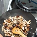 Ciupercile încep să-şi lase zeamă