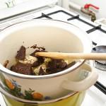 Untul şi cioco încep să se topească şi să se contopească.