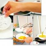 Se dau vinetele prin făină, apoi prin ou bătut.