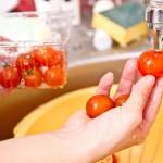 Spălăm roşiile
