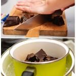 Ciocolata neagră se taie în bucăţi mai mici, gata pentru topit.