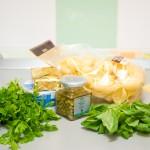 Ingredientele necesare: paste cochilie, ricotta, capere, pătrunjel, busuioc...