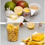 Mango, zahăr, gălbenuşuri, unt, lămâie. Pentru curd de mango. Mango se curăţă de coajă, se taie cubuleţe.