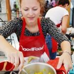 Andreea de la http://http://tastebazaar.blogspot.ro/