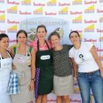 Irina, Anca, Monica, Andreea, Cătălina.