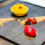 Cheesecake de mango, inghetata de zmeura